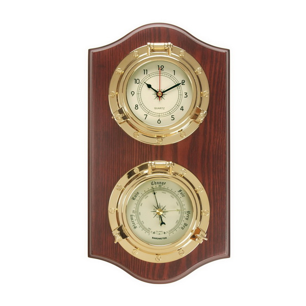 Барометр с кварцевыми часами на деревянной основе