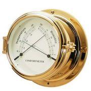 Метеостанция термометр и гигрометр в высоком копусе